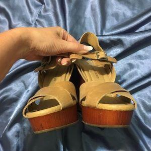 Lucky Brand Shoes - ☀️ Lucky Brand • Chunky Nova Heel